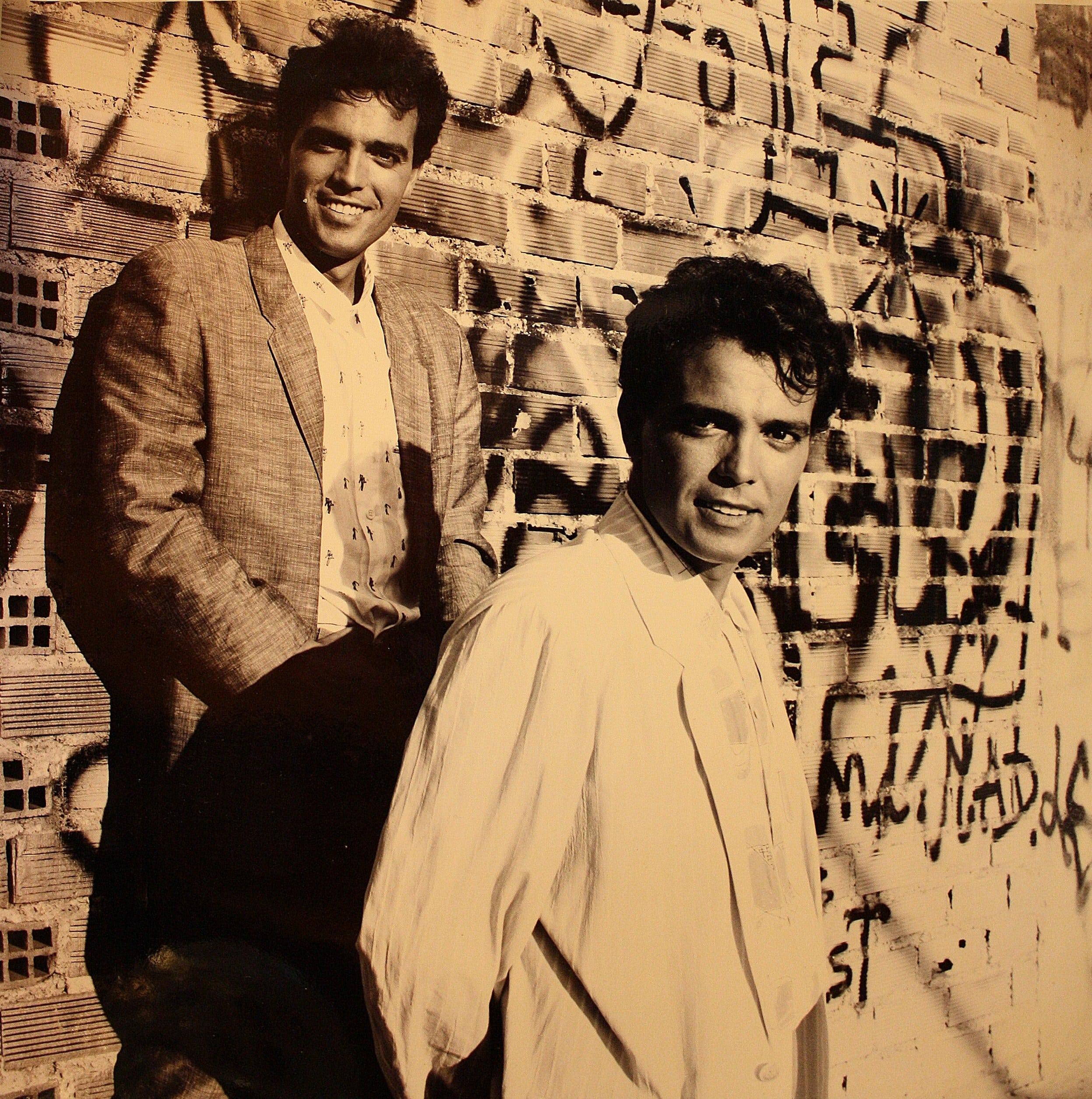 LOSGEMELOS1986-min